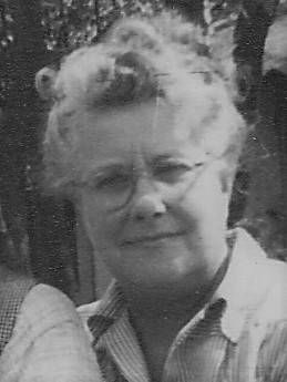 Photo of Elizabeth Hannah (nee Kendall) Keatch about 1948